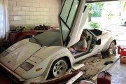 Facet znalazł w garażu babci dwa stare włoskie supersamochody