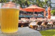 Wypicie jednego piwa na wakacjach może unieważnić twoje ubezpieczenie podróżne
