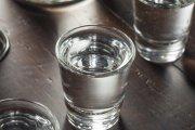 Polacy piją więcej mocnych alkoholi niż dotychczas – tak wynika z badań GUS