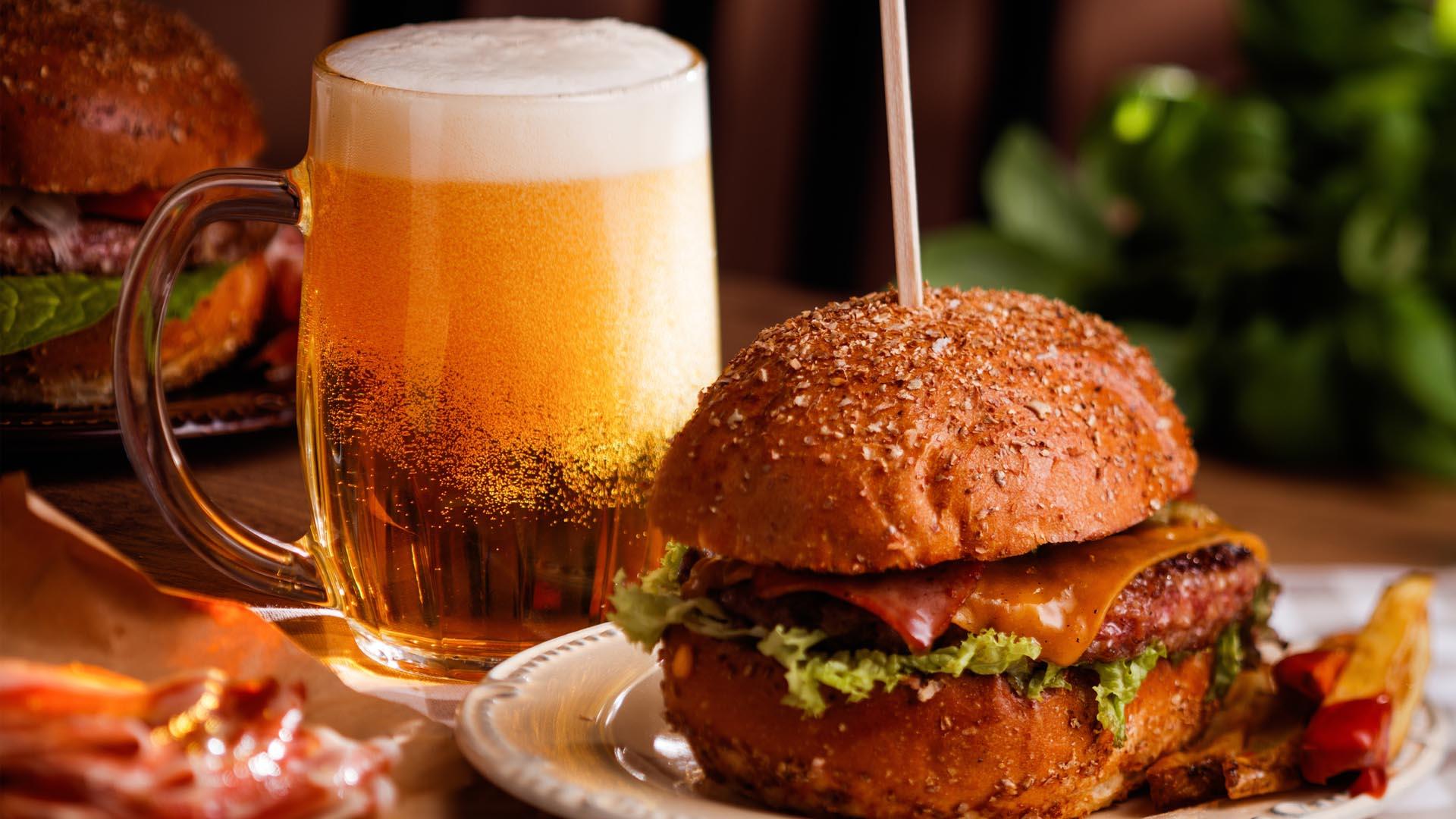 piwo i jedzenie.jpg
