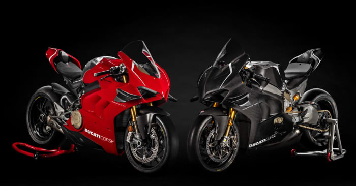 facebook-linked_image___panigale-v4r-red-my19-11-gallery-1920x1080.jpg