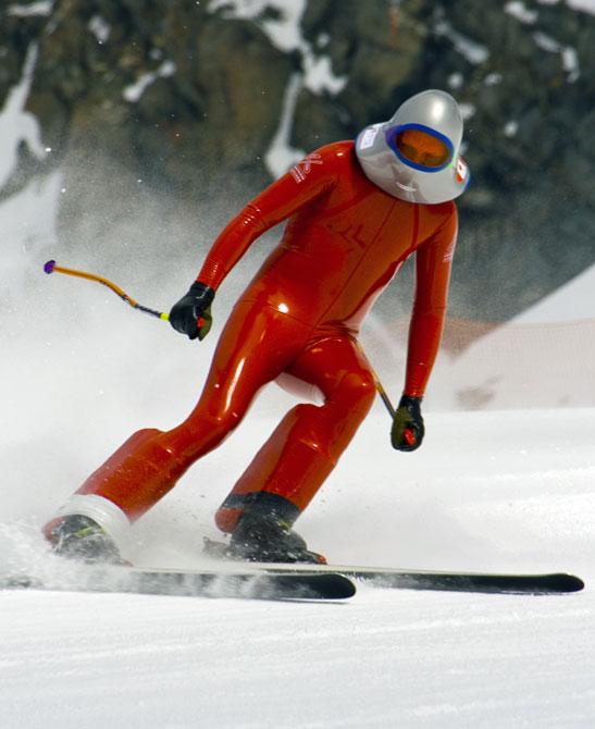 skis-f35d39416a0faa2b1b7e80125bb6637b_77106f.jpg