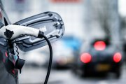 Auta elektryczne mają być głośniejsze. Nowe przepisy UE