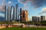 Abu Dhabi - tak brzmi luksus w 50 językach