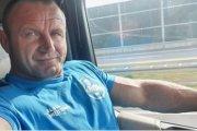 Strongman zrobił sobie kontrowersyjne selfie