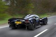 Aston Martin Valkyrie - 1160 koni wyjechało na ulicę