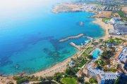 Darmowe wakacje na Cyprze. Musisz tylko zarazić się COVID-19