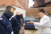 """Ksiądz """"wyjaśnia"""" policjantów. """"Ja się pana boję jako przestępcy"""""""