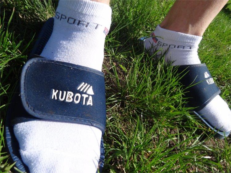 klapki-kubota.jpg