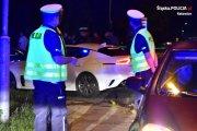Nielegalne wyścigi znów na katowickich drogach. Nalot policji