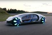 Mercedes AVTR – przyszłość porusza się bokiem
