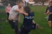 Ojciec pobił funkcjonariusza, a jego syn uderzył policjantkę