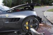 Zderzenie kultowych aut za milion i dwa tysiące złotych