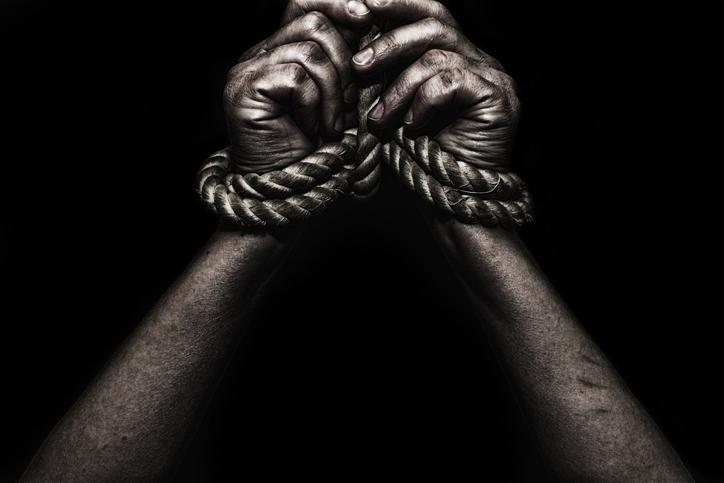 Niewolnictwo w Polsce w XXI wieku. Przez 23 lata był zmuszany do …