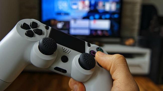 small premiera-playstation-5-czym-moze-zaskoczyc-nas-nowa-konsola-od-sony.jpg