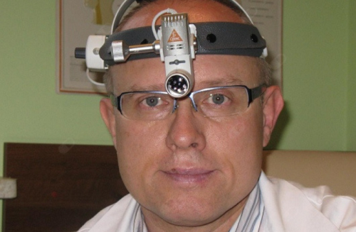 Dr Arkadiusz Kasztelan - klinika ZSGL-COR-LAR-MED .png