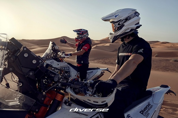 Diverse_Dakar_L_22.jpg