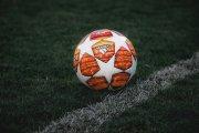 Jakie zakłady bukmacherskie warto obstawiać w sezonie piłkarskim 2021?