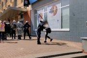 O co chodzi z atakiem funkcjonariusza na kobietę? Policja wyjaśnia