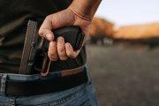 Polacy kupująbroń. Wzrasta liczba pistoletów w prywatnych rękach